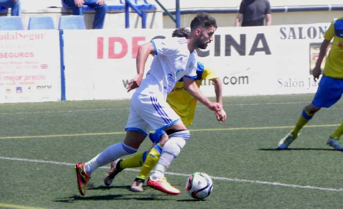 El Vélez, a seguir la racha ante Huétor-Tájar