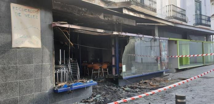 Incendio en el bar de San Francisco de Vélez-Màlaga