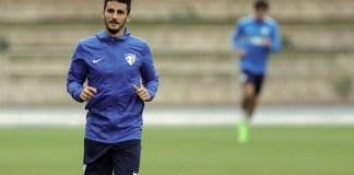 El futbolista del Málaga CF pasará por el quirófano para evaluar y tratar la inestabilidad que sufre en su rodilla derecha.