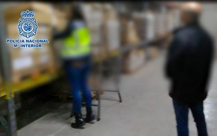 La Policía Nacional desmantela una red de distribución de productos procedentes de robos y esclarece 16 robos con fuerza en naves industriales