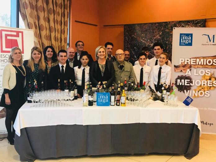 Más de medio centenar de vinos se han presentado a esta edición del concurso que convoca la Diputación para la promoción del sector vitivinícola malagueño.