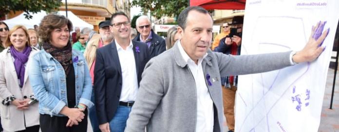 Ruiz Espejo insta a «no dar ni un paso atrás» en la defensa de la igualdad y en la lucha contra la violencia machista
