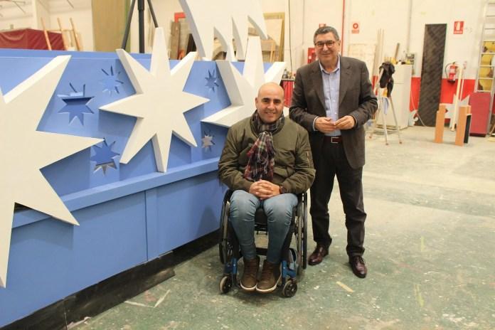 Catorce carrozas, veintiún espectáculos y ochocientas personas formarán el cortejo de una cabalgata de Reyes histórica en Vélez-Málaga