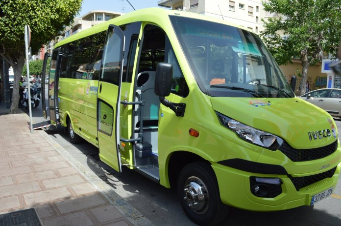 Rincón de la Victoria mejora y amplía el servicio de transporte público en Parque Victoria y Añoreta