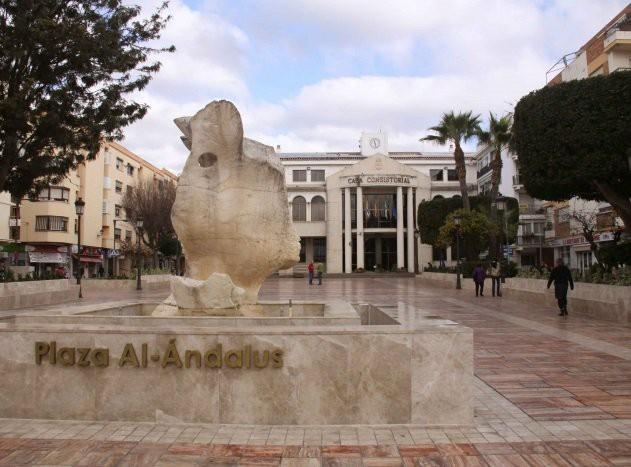 Rincón de la Victoria adjudica obras de mejora de pavimentos con un presupuesto de 227.436,94 euros