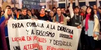 Protestas contra Vox, que este domingo obtuvo 12 escaños en las elecciones andaluzas. Según los manifestantes, Vox aboga por derogar las leyes de violencia de género, el matrimonio igualitario y volver a la familia tradicional yprohibir el aborto. Foto: Luis J. Recio