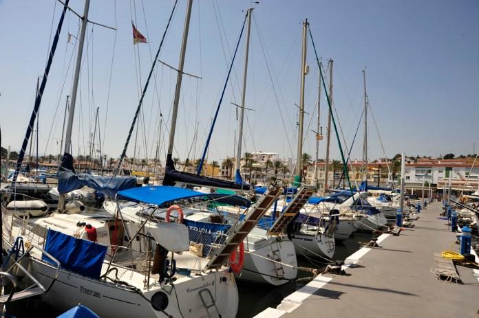 Adjudicadas por 309.000 euros mejoras para el transporte y comercialización pesquera en el Puerto de La Caleta