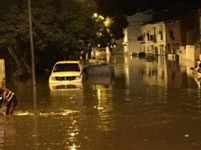 La rotura de una tubería del pantano inunda la localidad de El Trapiche