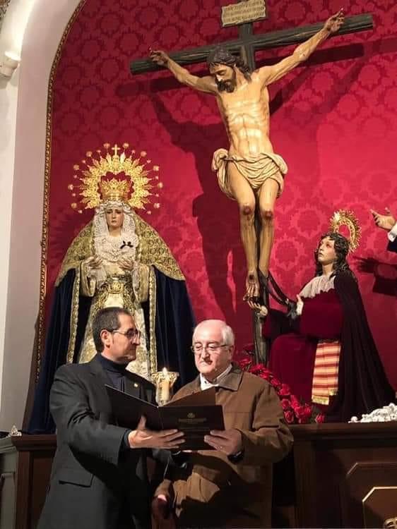 Manuel Higueras y Gabriel Méndez-Trelles, autores del cartel y exaltación del 25 aniversario del Cristo del Amor