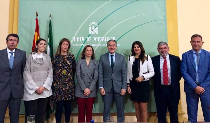 Bendodo recalca en Málaga que el Gobierno de la Junta tiene una única voz comprometida con los andaluces