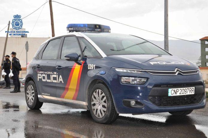 La Policía Nacional detiene en Málaga a dos hermanos dedicados a la venta de cocaína y heroína al por menor en su domicilio