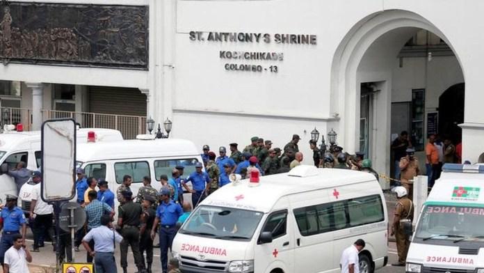 Al menos 138 muertos y 400 heridos en una serie de explosiones en Sri Lanka