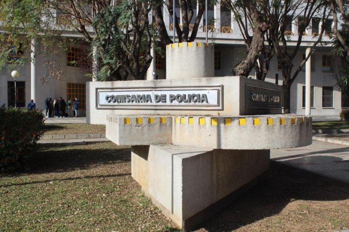 La Policía Nacional detiene a dos hermanos por amenazar gravemente al coordinador de enfermería en un centro de salud en Málaga