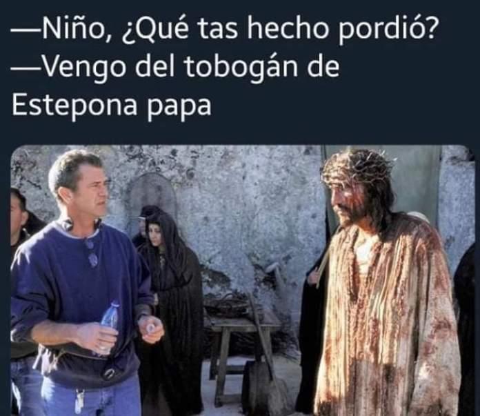 El tobogán de Estepona lidera los memes en las redes sociales
