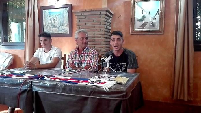 El Vélez C.F. presenta a Manu Sarmiento y Samu Benítez