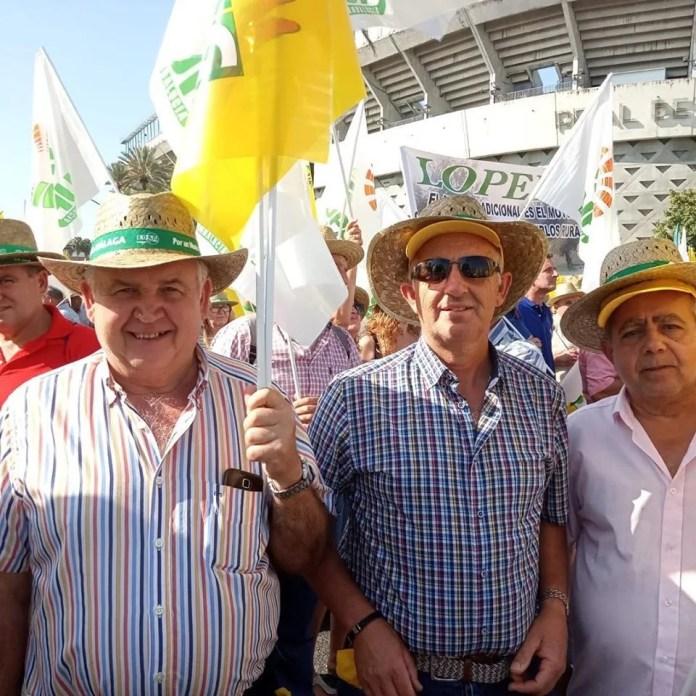 La Cooperativa Olivarera y Frutera San Isidro de Periana se suma a la protesta por un precio del aceite justo