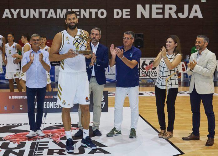 El Real Madrid proclamado en Nerja campeón del IX Torneo Internacional de Baloncesto Costa del Sol