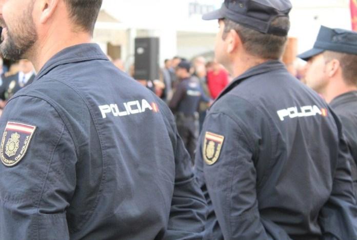 La Policía Nacional detiene a un hombre por la agresión sexual a una mujer en Vélez-Málaga