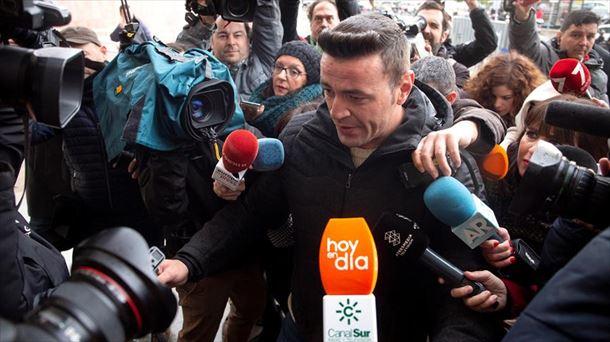 El dueño de la finca donde murió Julen se declara culpable y es condenado a un año de cárcel y a pagar 840.000 euros
