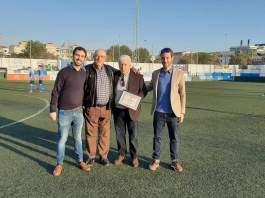 Merecido homenaje a Pepe Ríos. Foto: UD Torre del Mar.