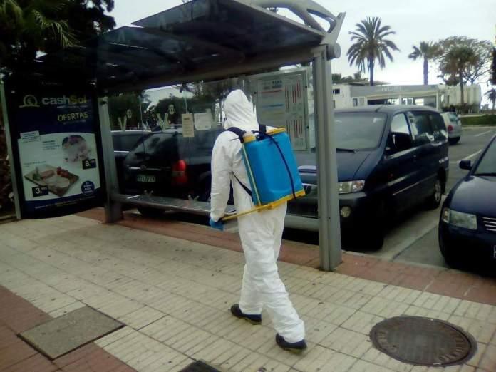 Althenia cumple con las medidas de seguridad e higiene de sus trabajadores y presta los servicios de mantenimiento de los parques en Vélez-Málaga que exige la ley