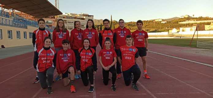 Récord histórico para el Club Atletismo Vélez con 14 atletas en el Campeonato de Andalucía Sub'16 de Pista Cubierta