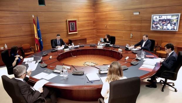 El Consejo de Ministros aprueba  la suspensión de los desahucios y ayudas al alquiler de los colectivos más vulnerables