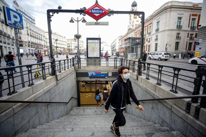 Madrid clausura las terrazas por el coronavirus y recomienda cerrar los bares