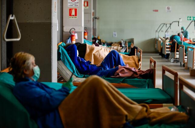 Los casos de coronavirus en España se elevan a 110.238 contagiados