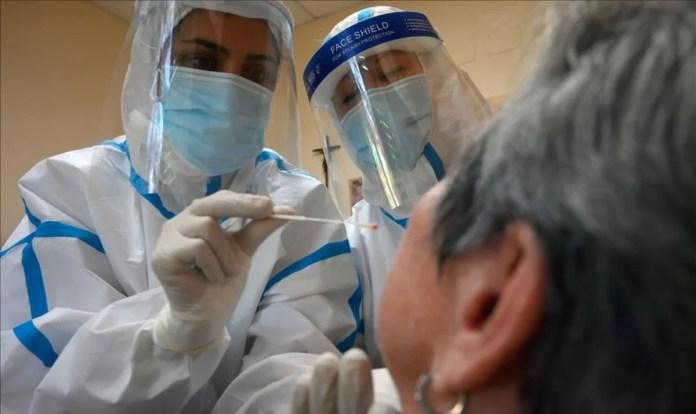 España registra otra caída de fallecidos por coronavirus diarios, 399