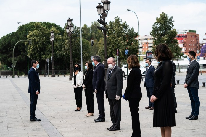 El Gobierno andaluz invita al resto de instituciones a sumarse al duelo oficial por las víctimas del Covid-19