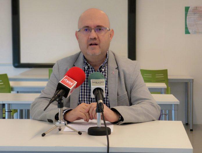 """Atencia lamenta que Delgado Bonilla """"esté en contra de los intereses de los empresarios hosteleros de Vélez-Málaga"""""""