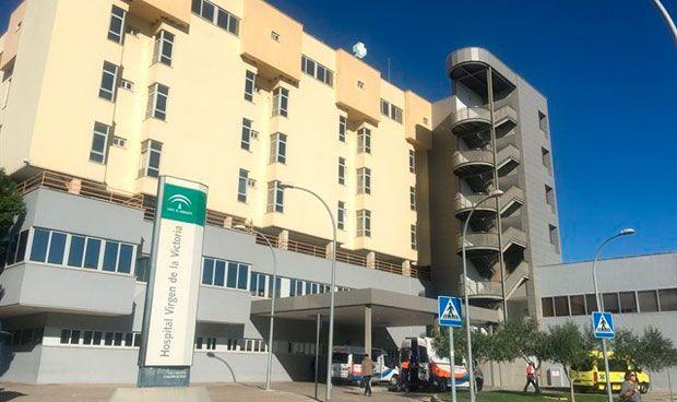 El Sindicato de Enfermería, SATSE, denuncia la retirada de un otro modelo de mascarilla defectuoso en el Hospital Virgen de la Victoria de Málaga