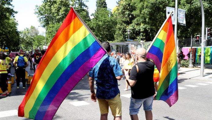 Los cuatro detenidos acusados de una agresión homófoba en Málaga niegan los hechos y quedan en libertad con cargos