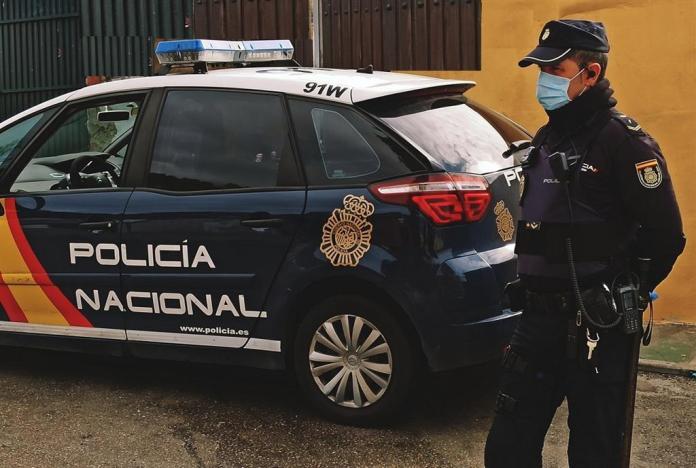 Detenido en Málaga el menor por la agresión a un septuagenario que le recriminó no llevar puesta mascarilla