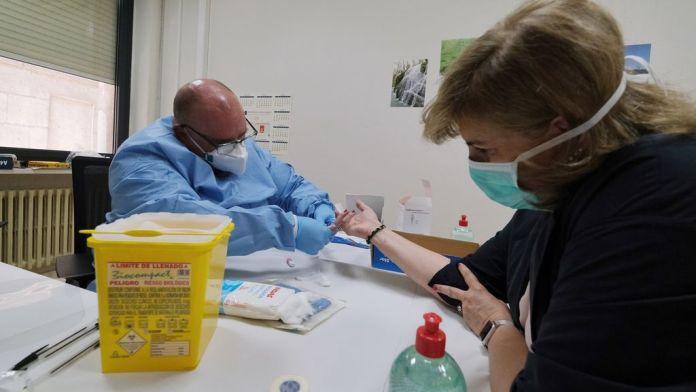 Aumentan los brotes de coronavirus en Andalucía con 287 nuevos contagios y dos muertes en 24 horas