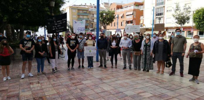 El PSOE y JSA Málaga secundan las movilizaciones contra la tala de árboles de La Cala del Moral