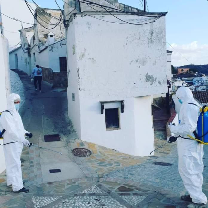 Una quincena de casos activos de Covid19 en Almáchar lleva al Ayuntamiento a aconsejar el confinamiento voluntario a sus vecinos
