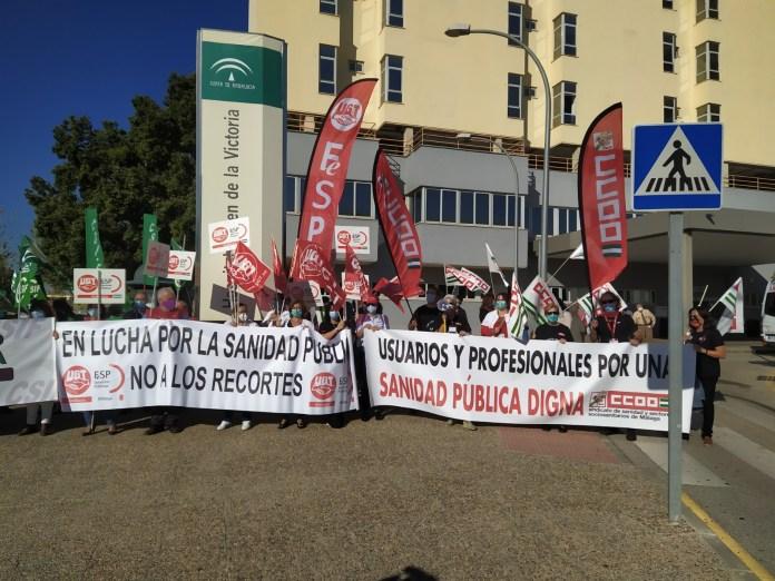 Concentración de los sindicatos por el recorte de derechos en Sanidad