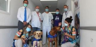 Terapia perruna en el Hospital de la Axarquía