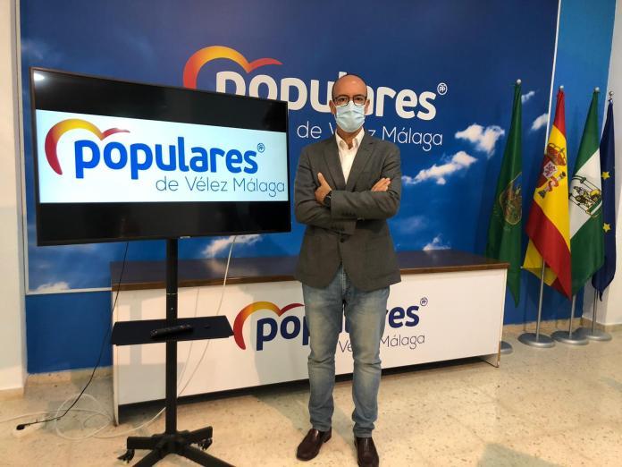 El PP de Vélez-Málaga propone bajar el IVA de la factura eléctrica al 10%