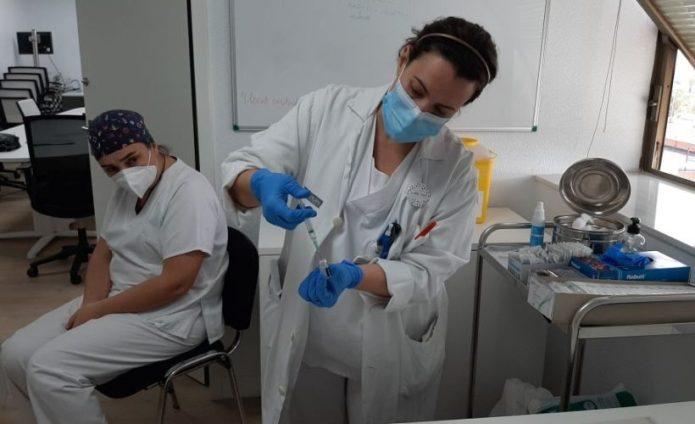 4.896 casos de coronavirus en 24 horas en Andalucía