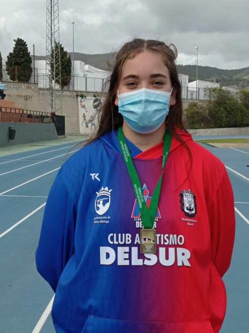 Éxito del Club Atletismo Vélez en el Campeonato de Andalucía de Lanzamientos Largos