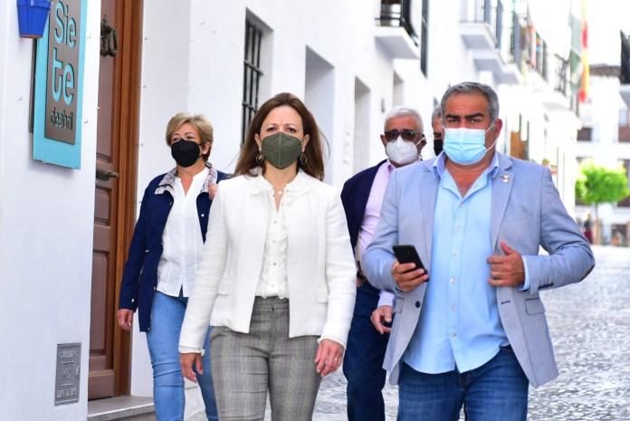 """Patricia Navarro ha visitado hoy Frigiliana, """"un destino seguro y atractivo para el turismo"""