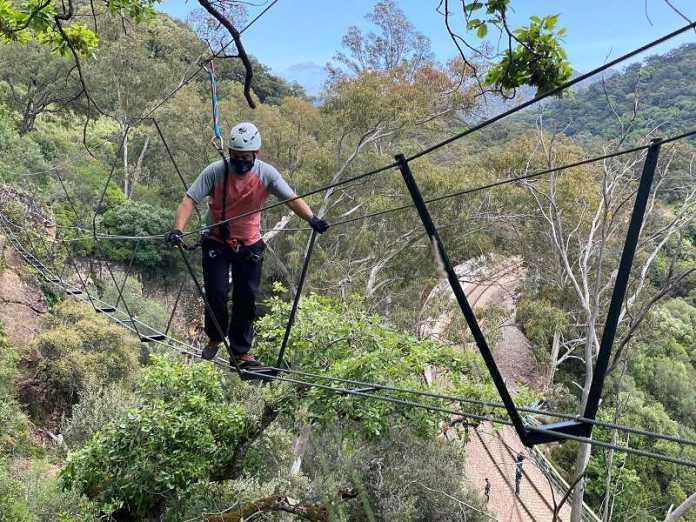 Esta infraestructura deportiva, en el sendero de 'El Caimán', tiene un recorrido de unos 300 metros con cinco puentes.