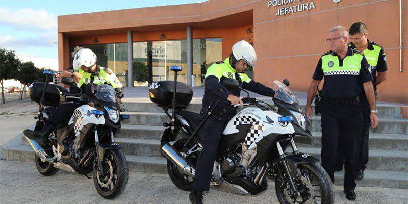Una X con todas las de la ley Policialocalrotanuevasmotosoct14-800x400