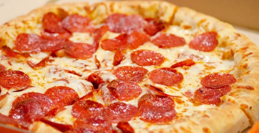 lightning pizza unsplash