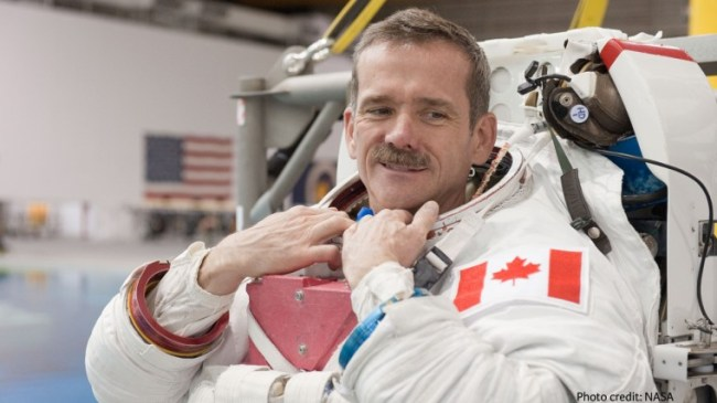 astronauta Hadfield Blockchain