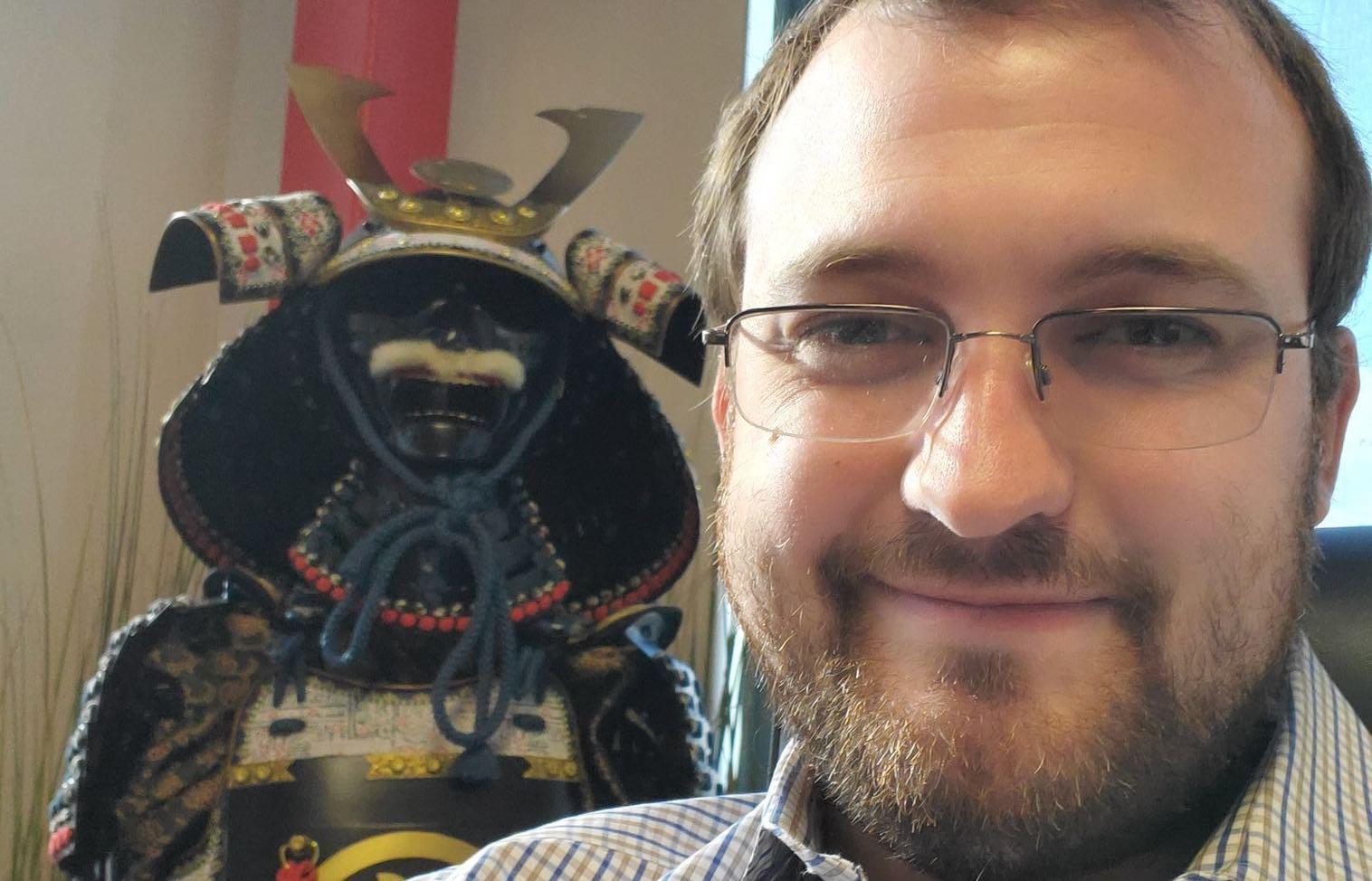 Charles Hoskinson habla de censura en Wikipedia
