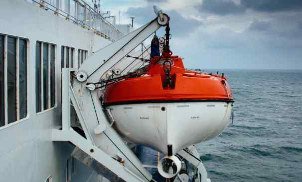 Jeff Booth bote salvavidas